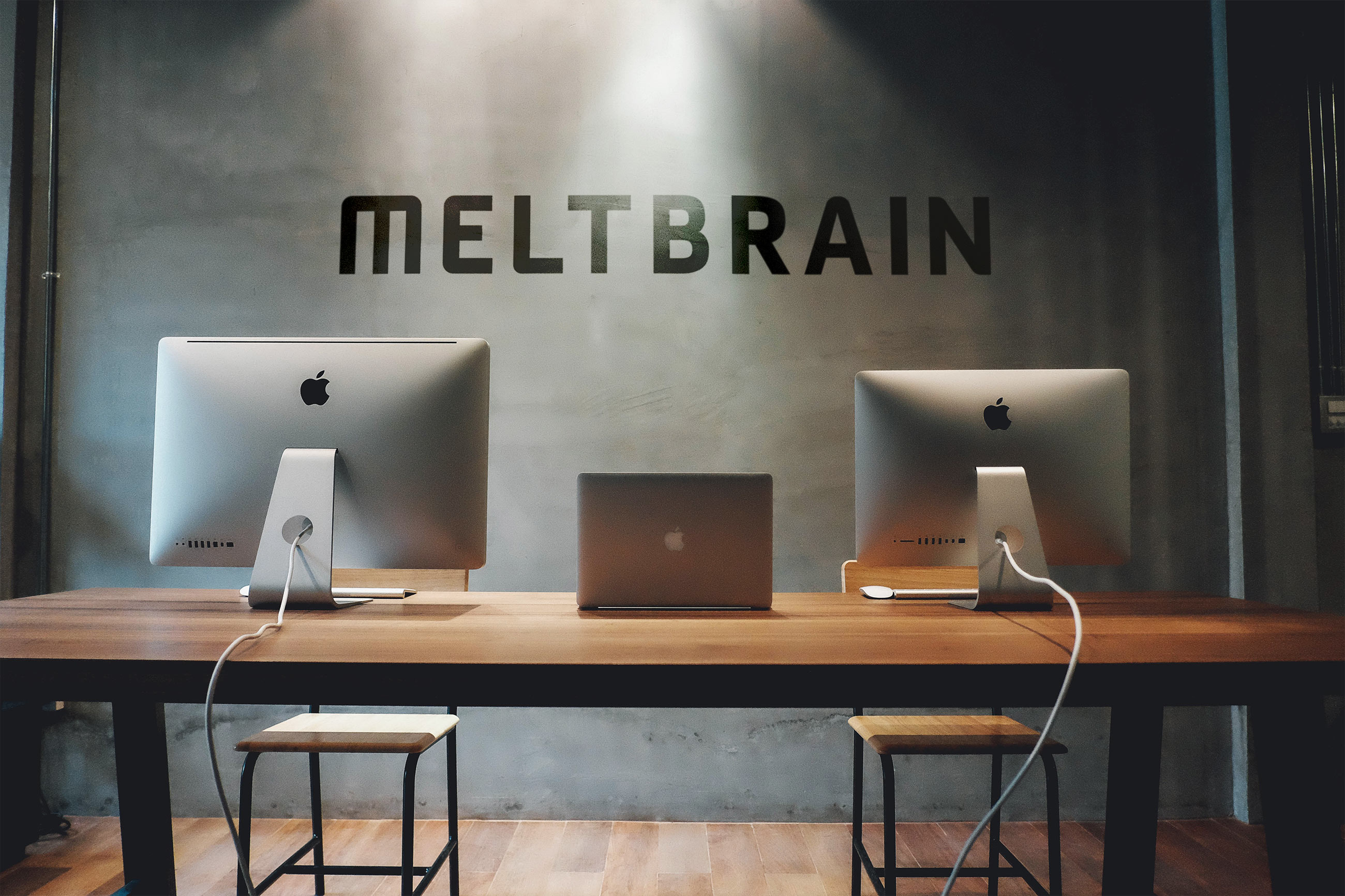 Melt-Brain_Interior2_socialmosaic